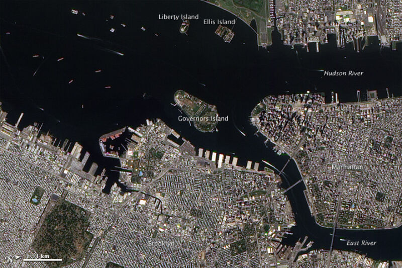 Rzeka Hudson 2 września 2010 roku/NASA