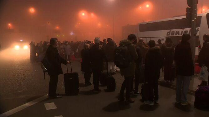 Ruch na krakowskim lotnisku wznowiony. Gęsta mgła ustąpiła