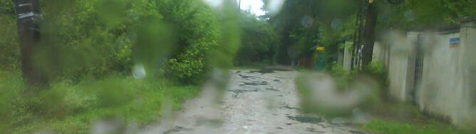 Deszcze i burze będą prześladować kierowców
